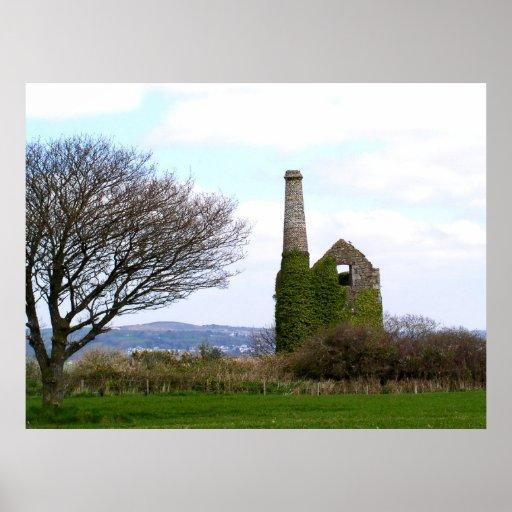 Old tin mine ruins in Cornwall Print