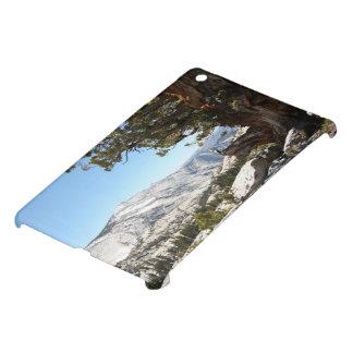 Old Tree at Yosemite National Park iPad Mini Cover