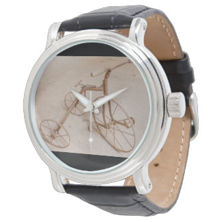 OLD TRICYCLE  1928   WATCH
