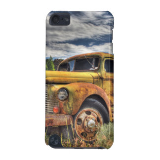 Old truck abandoned in field iPod touch 5G cover
