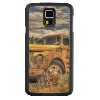 Old truck abandoned in field maple galaxy s5 case