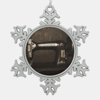 Old Vintage Sewing Machine Snowflake Pewter Christmas Ornament