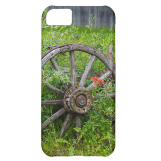 Old wagon wheel in historic old gold town 3 iPhone 5C case