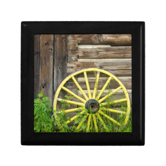 Old wagon wheel in historic old gold town gift box