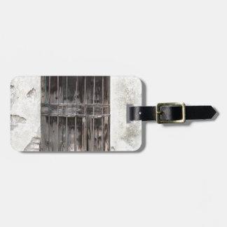 old window luggage tag