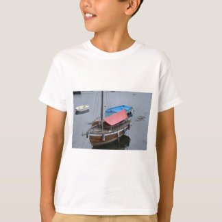 Old wooden yacht T-Shirt
