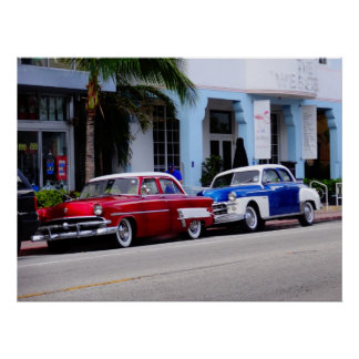 Oldtimer at Ocean Drive Miami Beach Poster