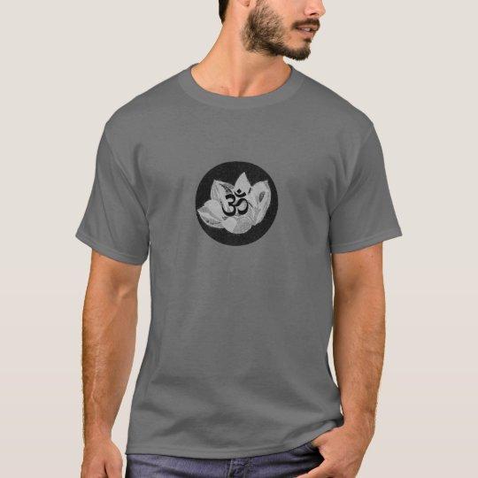 Om Lotus - Yoga T Shirt