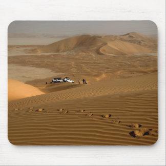Oman, Rub Al Khali desert, driving on the dunes Mouse Mat