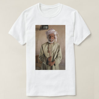 Omani Warrior: Cool Vintage Photo T-Shirt
