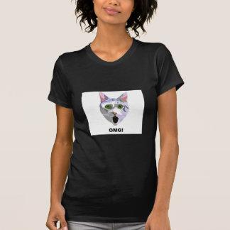OMG! CAT 'what has he seen?' T-Shirt