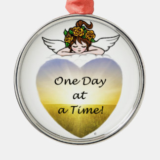 One Day at a Time Silver-Colored Round Decoration