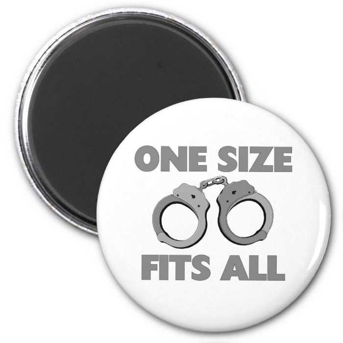 One size fits all 6 cm round magnet