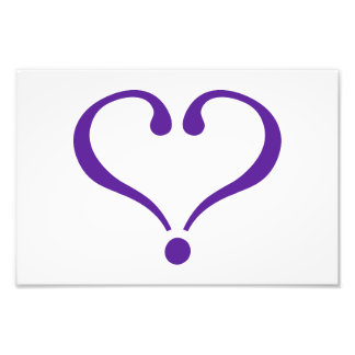 Open heart in purple for Valentine s Day love Fotos