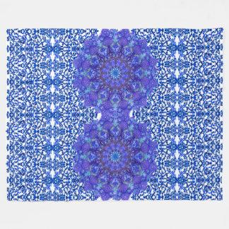 Openwork pattern in the style chinoiserie &mandala fleece blanket