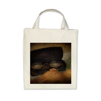 Optometrist - Glasses for Reading Tote Bags