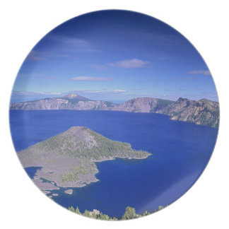OR, Crater Lake NP, Wizard Island and Crater Plate