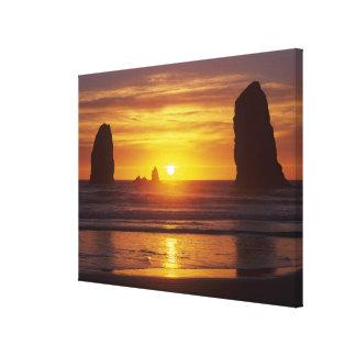 OR, Oregon Coast, Cannon Beach, seastacks at Canvas Print