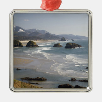 OR, Oregon Coast, Ecola State Park, view of Christmas Ornament