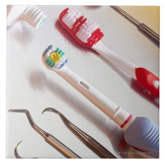 Oral Hygiene - Electric toothbrush, manual Tile