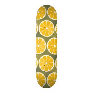 Orange slices pattern 18.1 cm old school skateboard deck