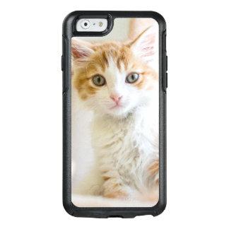 Orange & White Kitten OtterBox iPhone 6/6s Case
