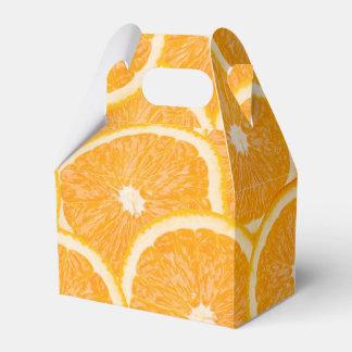 Oranges favor boxes