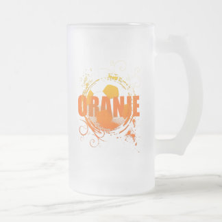Oranje Soccer fans soccer grunge ball gifts 16 Oz Frosted Glass Beer Mug