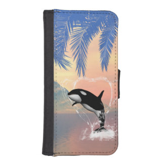 Orca jumping through a heart iPhone SE/5/5s wallet case