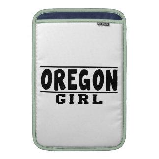 Oregon girl designs MacBook air sleeves
