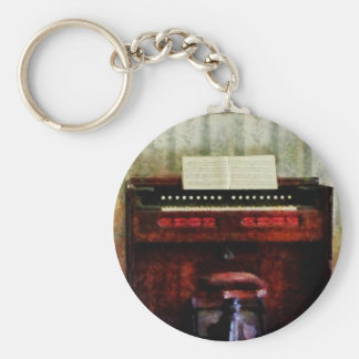 Organ and Swivel Stool Basic Round Button Key Ring