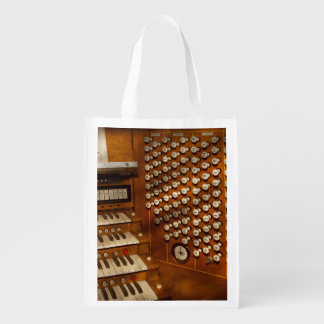 Organist - Ready at the controls