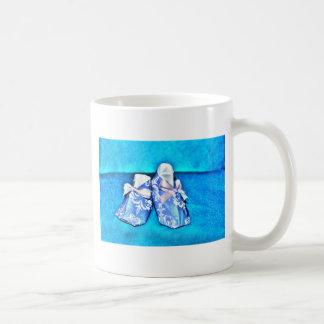 ORIGAMI BLUE BABY SHOES JAPANESE ART BASIC WHITE MUG