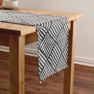 Original BLACK AND WHITE DOUBLE DIAMOND PATTERN Short Table Runner
