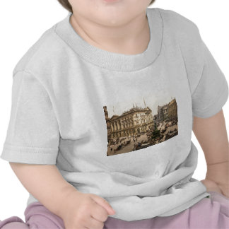 Original poster of Piccadilly circus in 1890 s T-shirt