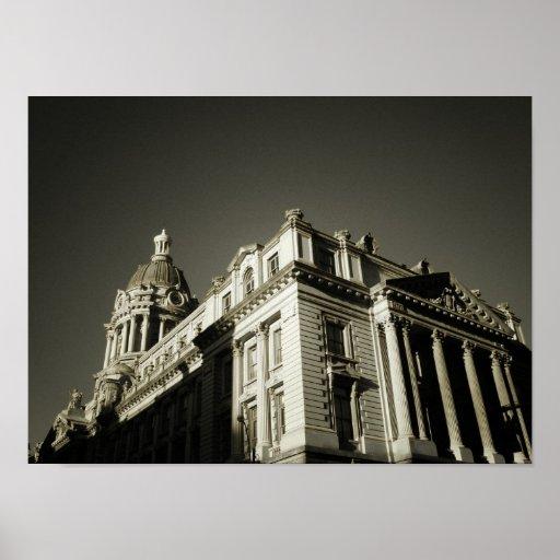 Ornate Centre Street Building, Small Print