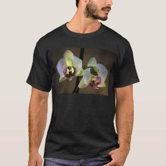 orquidea cyprus T-Shirt