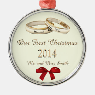 Our First Christmas w/rings and bow Ornament