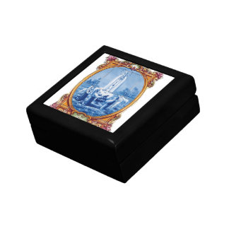 Our Lady of Fatima Small Square Gift Box