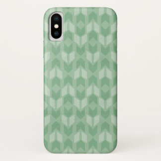 Outdoor Geo Step | Green Arrow Pattern iPhone X Case