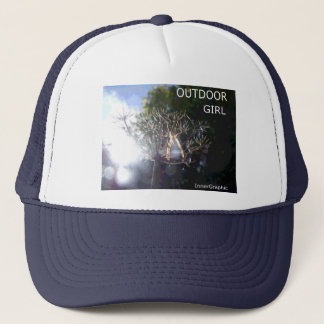 OUTDOOR GIRL - FREEDOM TRUCKER HAT