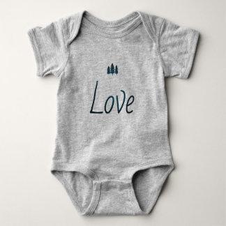 outdoorsy love print baby bodysuit
