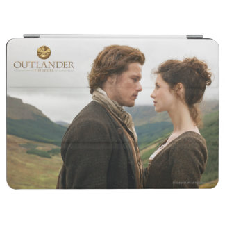 Outlander | Jamie & Claire Face To Face iPad Air Cover