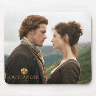 Outlander | Jamie & Claire Face To Face Mouse Mat