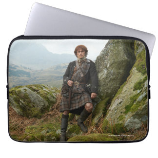 Outlander | Jamie Fraser - Leaning On Rock Laptop Computer Sleeve