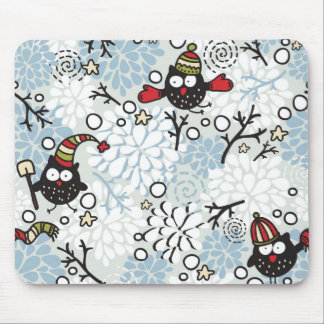Owl and snow pattern mouse mat
