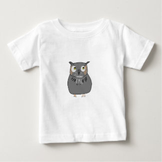 Owl hooting baby T-Shirt