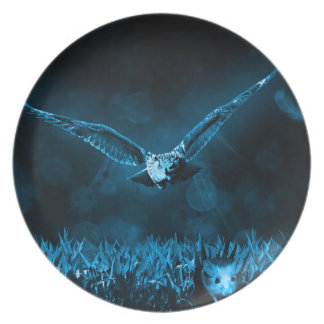 Owl Hunting Plate