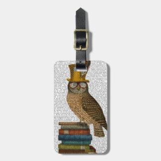Owl On Books Luggage Tag