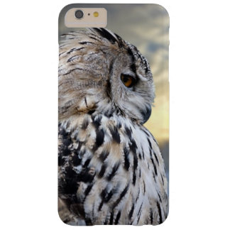 Owl portrait on winter forest background barely there iPhone 6 plus case